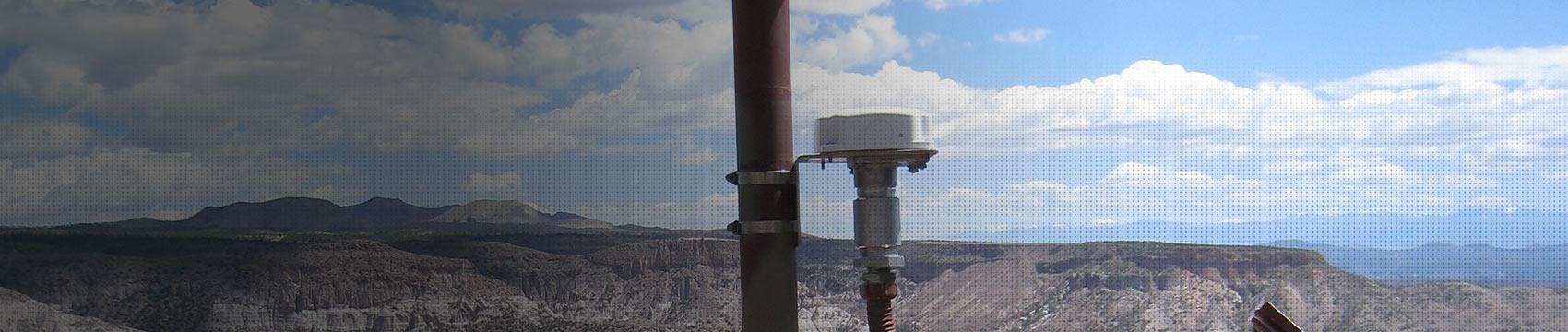 satellite tracking device