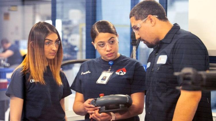 Creating the 21st Century Manufacturing Workforce