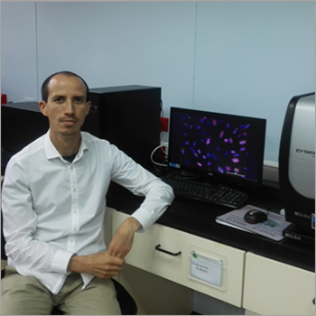 Dr. Steve Quiros