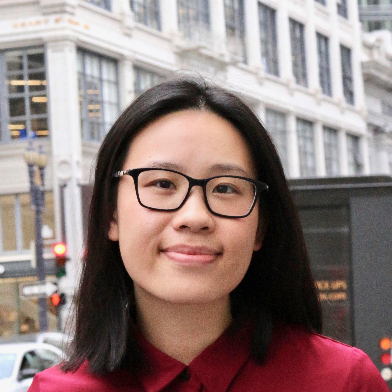 Lucia Huang Headshot