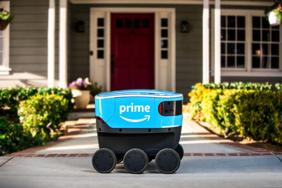 ロボット Insight 物流網のロボット化を進めるアマゾン