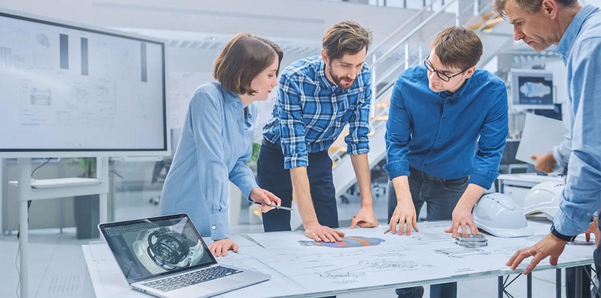 IT Insight 製造業の製品開発を強化するエンジニアリングチェーンマネジメント