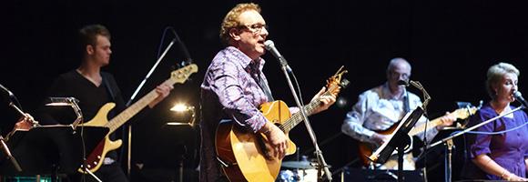 Michael Mangan and band