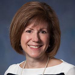 Teresa Prue headshot.
